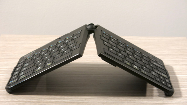 GoldTouch-Bluetooth-Keyboard-butterfly